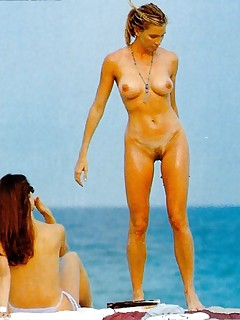 Hot Beach Voyeur Pics
