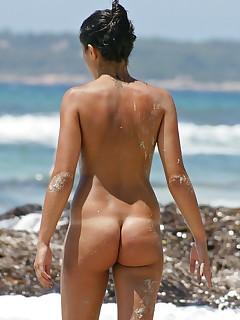 Naked Beach Voyeur Pics