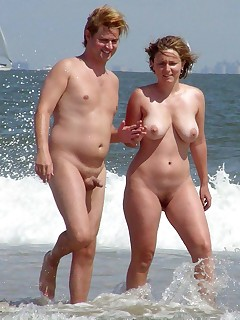 Nudist Beach Voyeur Pics
